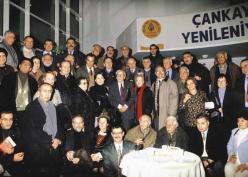 Fotoğraf (80. Yaşgünü etkinliğinde, 2002)