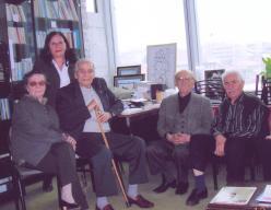 Fotoğraf (Talip Apaydın ve Nedim Şahhüseyinoğlu ile birlikte)