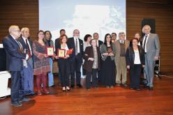 Fotoğraf (Halit Çelenk 2015 Hukuk Ödülleri Töreninde Ödül Alanlar, Seçici Kurulu Üyeleri ve Çelenk Ailesi Bir Arada)